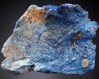 Dumortierite 45 grams - DUMORTIERITE - nice colour MADAGASCAR!