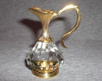 Pitcher Nella - miniature collectible crystal figurine