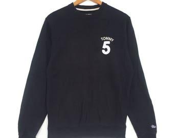 Tommy Hilfiger Sweatshirt Black colour Big Logo Embroidery Sweat Medium Size Jumper Pullover Jacket Sweater Shirt Vintage 90's