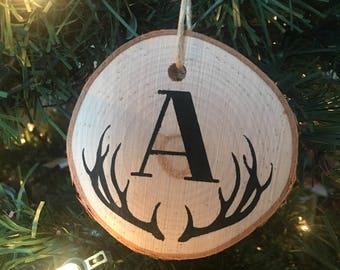 Wood Slice Ornament / Custom Ornament / Christmas Ornament / Wood Christmas Decor / Monogram Ornament / Holiday Decorations / Ornament