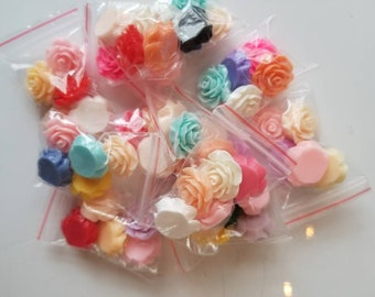 Rose charms for slime , assorted colors, 5 in a pack