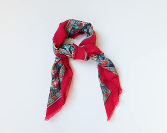 Vintage Floral Scarf // Beautiful Large Floral Scarf / Wrap // Large Red and Blue Floral Scarf
