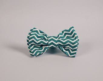 Pet Bow Tie - Green Chevron