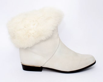 EU 40 - White vintage boots - womens size UK 6,5 / USA 9 - 1980s ankle boots for women - 80s winter boots shoes - real leather with fur