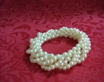 Vintage faux pearl beaded bracelet