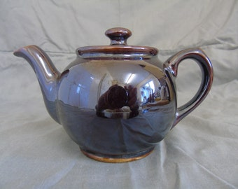 small sadler brown betty teapot