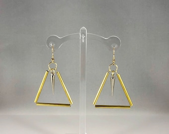 Gold triangle with silver spike