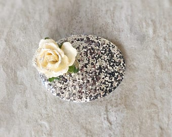 Silver Chunky Glitter Oval Floral Snap Clip - Chunky Glitter - Prima Flowers - Faux Leather - Snap Clips - 50mm Clips