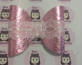 Pink metallic leatherette bow and lace bow for girls, ideal for parties, weddings, bridesmaids