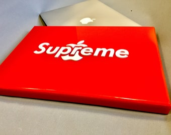 SUPREME & APPLE Unique MacBook hard cover/pouch, super red gloss acrylic with white special design LOGO