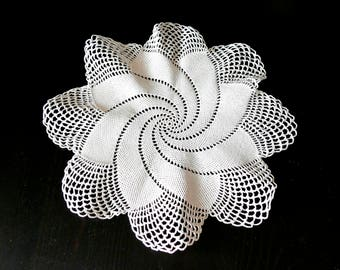 "Handmade, handmade, tablecloth ""spiral"", handmade crochet cover, crochet, decoration, decor, decorations, Easter gifts"