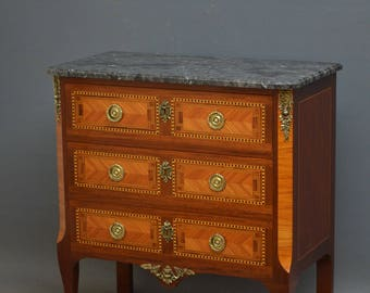 SN4260 XIXth century French chest of drawers in mahogany and tulipwood