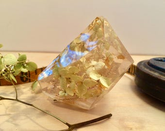 Resin Quartz Crystal