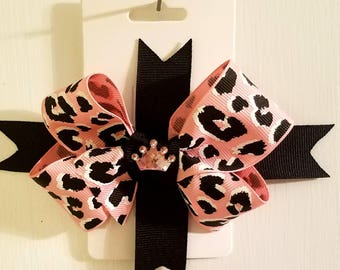 Black and pink boutique stacked bow