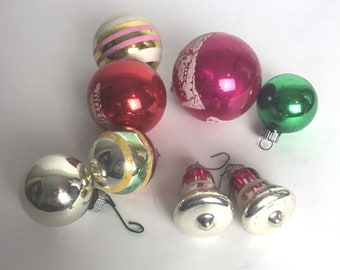 VTG Shiny Brite Christmas Ornaments Lot of 8 Silent Night Stencil Scene Bells