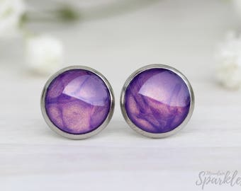Purple stud earrings, Mom daughter gift, Purple Woman Gift, Shiny violet studs, Trendy Earrings, Girlfriend studs, Elegant earrings purple