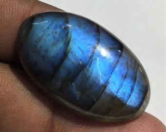 33.8 Cts 100% Natural Medagascar's Labradorite Cabochon Blue Flash Fire Polished Cabochon Healing Quartz Oval Shape 32x18x6 mm N#1272-2