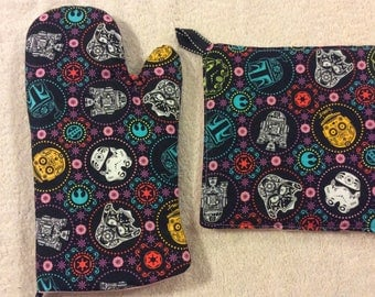 Star Wars Oven Mitt and Hot Pad