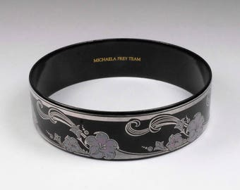 MICHAELA FREY - Vintage Enamel Bangle Bracelet Pink & Silver on Black 1980's