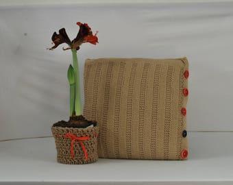 Nirim | Knitted cushion