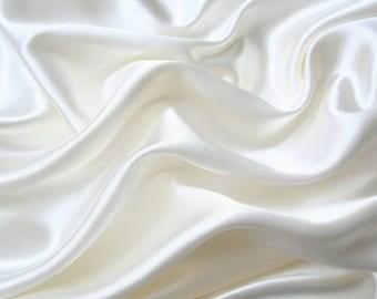 Organic Silk Face Cream with Hemp Oil For Skin Repair