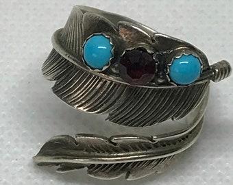 Vintage Sterling Silver D © ALV Stamped Adjustable Feather Ring