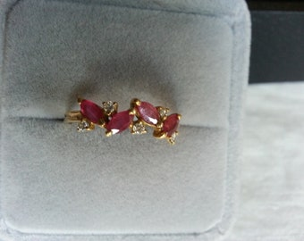 Ring with rubies and diamonds in 18K Gold