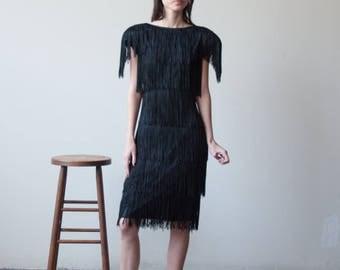 black fringe mini cocktail dress / lbd little black dress / flapper 80s party dress / s / m / 1991d / R4