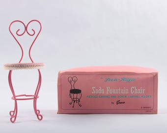 Vintage Stylish Earring Holder, Pink, Soda Fountain Chair, Retro, Enesco, Teen Rific, Jewellry, Rack, Old Fashioned ~ The PInk Room ~ 170325