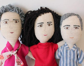 Customized and unique character dolls, the perfect gift ( SMALL SIZE))