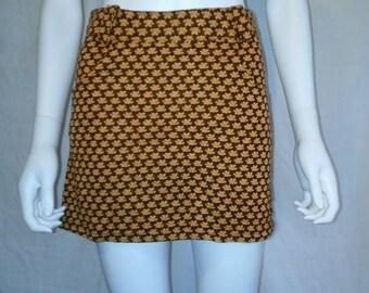 SALE 25% off SALE 90s floral mini skirt, 70s look flowers mini skirt, nu grunge Mall skirt
