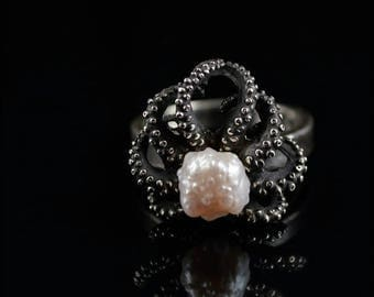 SALE SALE - Handmade ring, Tentacle ring, pearl ring, Octopus Ring, RoseBud Pearl Octopus Ring, Tentacle Ring - OctopusME size 8