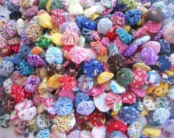 Tiny Fabric Flowers YoYo Button Use on Bobby Pin, Scrapbooking, Cardmaking, Jewelry, Clothing, Hats 40