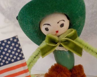 Vintage Style / Pipe Cleaner American Cowgirl Figure / Vintage Craft Supplies / Vintage Spun Cotton Head / Flocked Cowboy Hat / US Flag