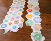 Grandmothers Garden Quilt pieces vintage excellent condition