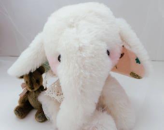 Baby Elephant MILKY by Jenny Lee of jennylovesbenny bears - artist bear