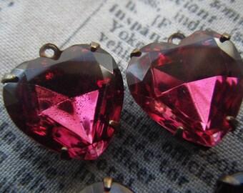 Dark Rose 15x14 Vintage Faceted Glass Heart Drops 4 Pcs