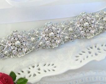 Pearl wedding sash, bridal belt wedding dress belt, Silver bridal belt, crystal bridal belt, wedding dress sash, bridal dress belt,