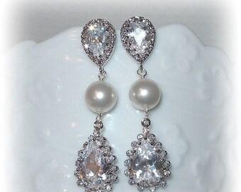 20% OFF Teardrop and Pearl Bridal Earrings