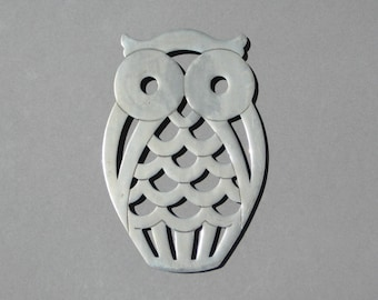 Vintage Owl Trivet F.B. Rogers E.P. Zinc Silver Metal Trivet with Rubber Feet Made in Italy Kitchen Wall Decor