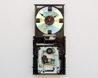 Computer CD Rom Drive Clock, cd writer clock, CD Rom Drive clock, upcycled computer parts clock, DVD writer timepiece,