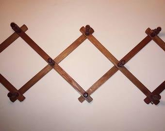 Vintage Wooden Accordian Expandable Peg Rack