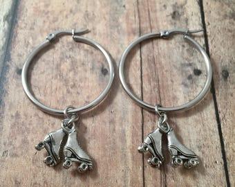 Roller skates earrings - roller derby earrings, silver roller skates jewelry, roller derby jewelry, roller skates hoops, skate earrings