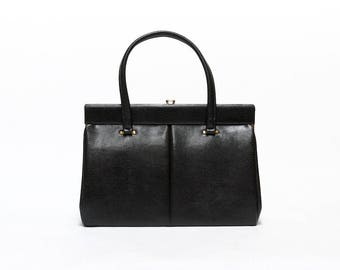 60s Black Classic Vintage Handbag, Faux Leather Shoulder bag with embossed lizard print.