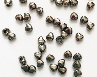 100 Gunmetal plated alloy spacer beads, Gunmetal heart spacer beads 3x3mm