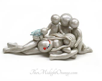 Sending a Rainbow Baby- Pregnancy after a loss - Family of 5 with pregnant mom, dad and siblings - you choose angel or butterfly wing color