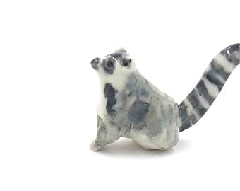 little lemur - miniature ring tailed lemur - terrarium miniatures