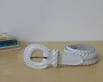 Vintage White Leather Woven Belt - Size SM