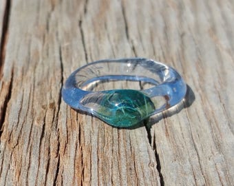 Glass Ring with Sea Foam Green and Blue Gem Size 6 3/4