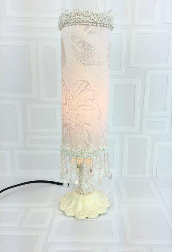 Lampe de table lamp lampe lampe blanche et for Lampe de table blanche